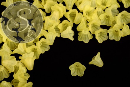 20 pcs. yellow lucite-flowers frosted 14mm-31