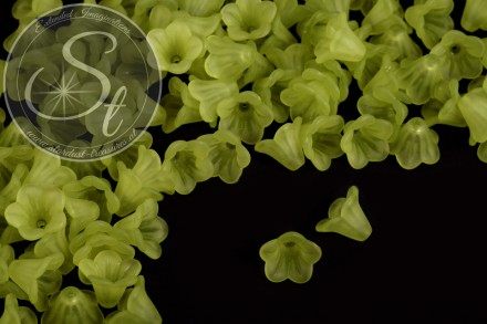 20 pcs. green acrylic-flowers frosted 15mm-31