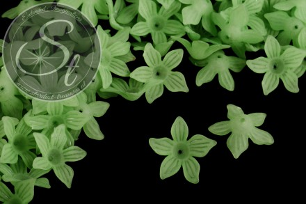10 pcs. light-green lucite-flowers frosted 27mm-31