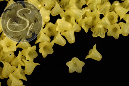 20 pcs. yellow lucite-flowers frosted 18mm-31