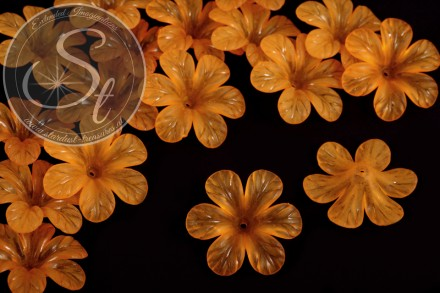 5 pcs. orange lucite-flowers frosted 30mm-31