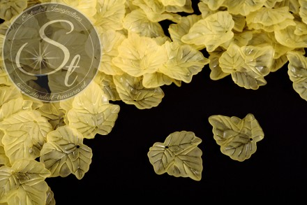 20 pcs. yellow acrylic-leaves frosted 24mm-31