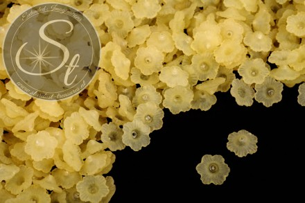 20 pcs. yellow acrylic-flowers frosted 12mm-31