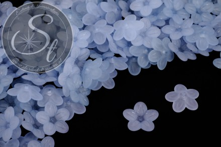 20 pcs. light-blue lucite-flowers frosted 20mm-31