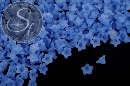 20 pcs. dark-blue lucite-flowers frosted 10mm-31