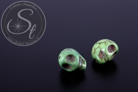 2 pcs. green skull turquoise beads 13mm-31