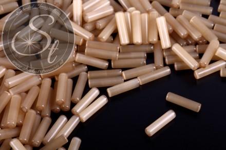 10 pcs. beige cylindrical cateye beads 15mm-31