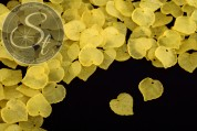 20 pcs. yellow lucite-leaves frosted 16mm-20