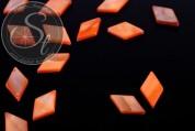 5 pcs. orange rhombus-shaped shell beads 17.5mm-20