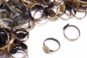 5 pcs. antique bronze-colored ring settings ~10mm-20