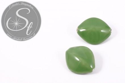 1 Stk. große grüne ovale Porzellan Perle 31,5mm-31