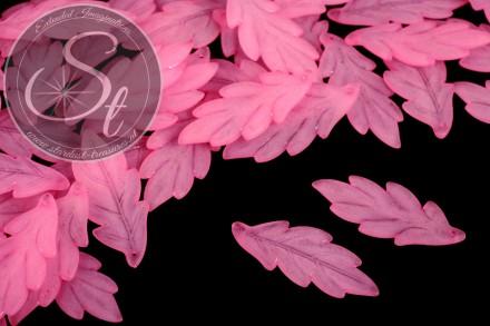 10 Stk. rosa Lucite-Blätter frosted 43mm-31