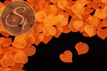 20 Stk. orange Lucite-Blätter frosted 16mm-31