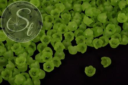 20 Stk. grüne Acryl-Blüten frosted 10mm-31