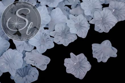 10 Stk. hellblaue Acryl-Blüten frosted 32mm-31