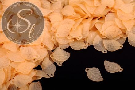 20 Stk. orange Lucite-Blätter frosted 17,5mm-31
