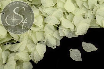 20 Stk. grüne Acryl-Blätter frosted 17,5mm-31