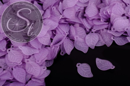 20 Stk. lila Acryl-Blätter frosted 17,5mm-31