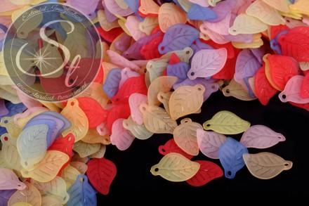 20 Stk. bunt gemischte Acryl-Blätter frosted 17,5mm-31