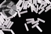 10 Stk. weiße zylindrische Cateye Perlen 15mm-20