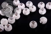 4 Stk. silberfarbene Metallgitter Perlen ca. 13mm-20