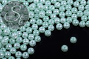 40 Stk. mintgrüne Wachs Glas Perlen 6mm-20